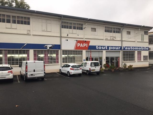 magasin qui propose la vente de pièces détachées auto à Castres   Papi Accessoires Auto